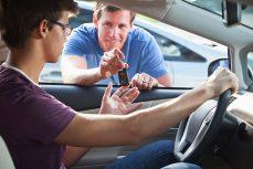 Assurance auto: qui peut conduire mon véhicule?