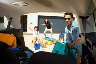 Les indispensables de l'été en voiture