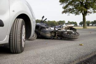 Connecter autos et motos pourrait sauver des vies